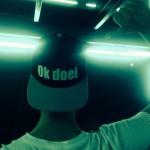 Een foto van @alvintoffler op Instagram met een Ok doei. pet (snapback), voor een optreden van Benny Rodrigues